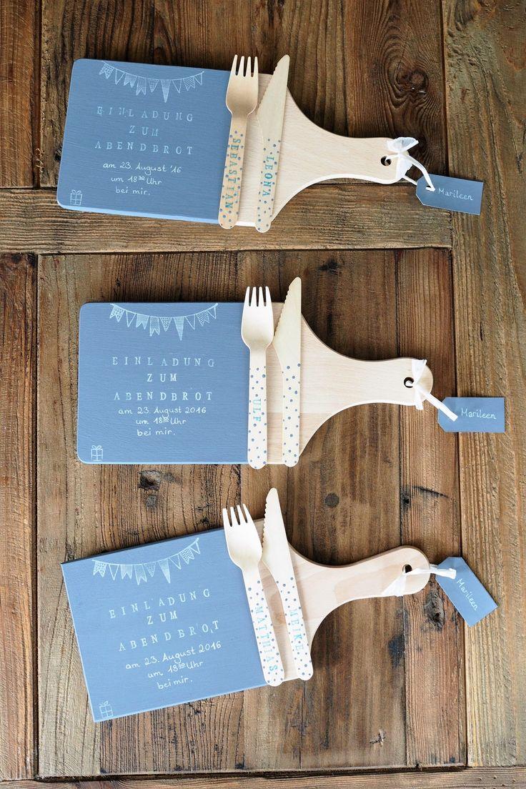 Holz&Hefe | DIY-Einladungen zum Abendessen per Holzbrettchen mit Stempeln und Chalk Paint