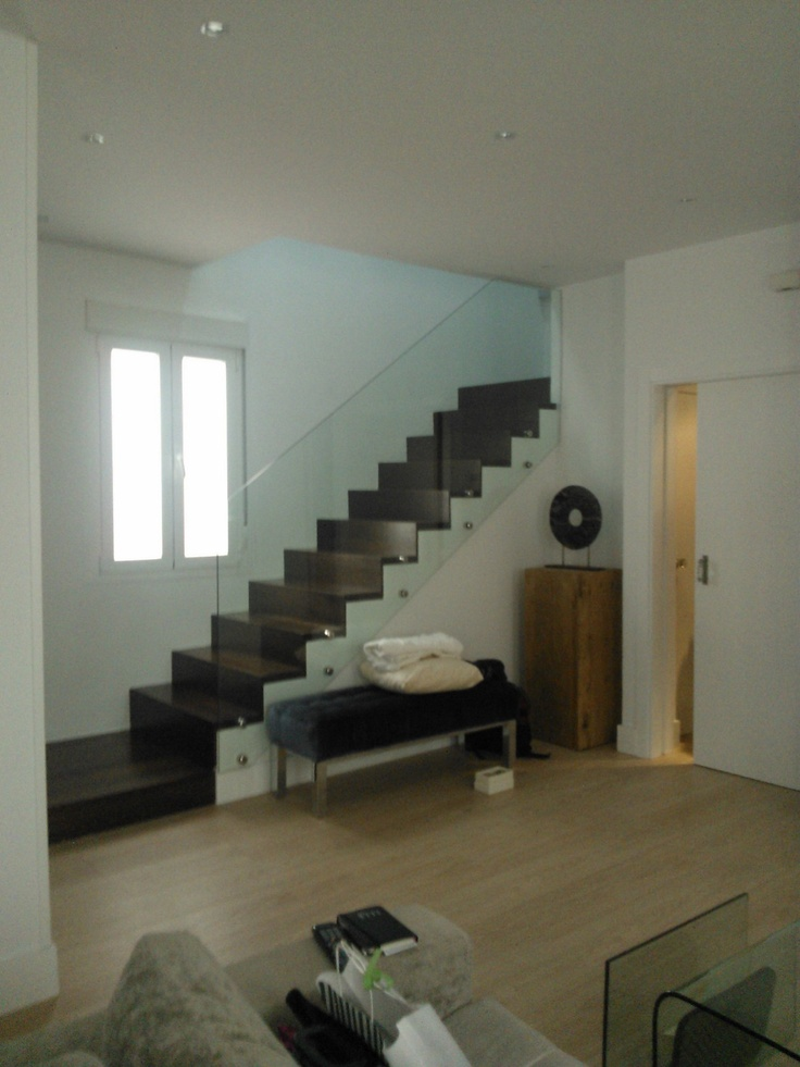 Living room staircase style modern designed by - Decoracion escaleras ...