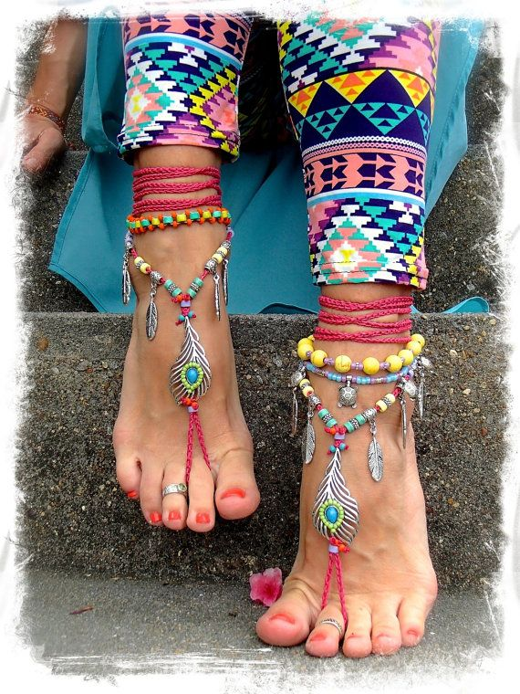 Bikini PEACOCK Feather BAREFOOT sandals Hot Pink Toe Thongs Garden Beach Wedding Feather jewelry Photography prop HIPPIE foot jewelry GPyoga