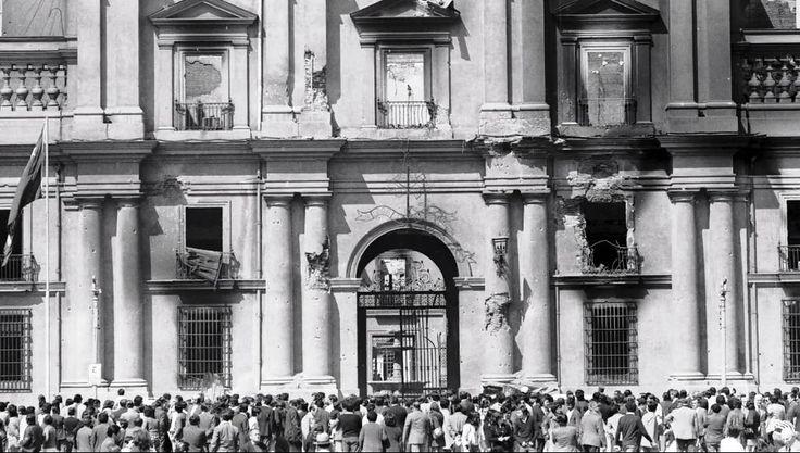 Palacio de La Moneda en Santiago de Chile Foto: Luis Poirot (1973)