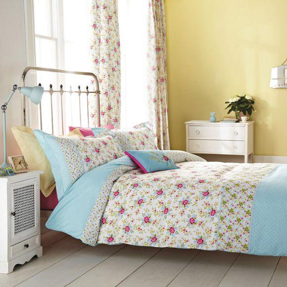 Inspiración y diseño-. mantén una decoración sencilla, paredes pintadas en pálidos ocres y muebles en blanco o crema, y una cama de estilo vintage de hierro forjado.