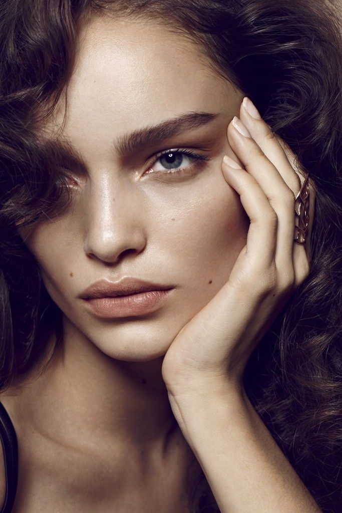Model Call: Luma Grothe - Slideshow