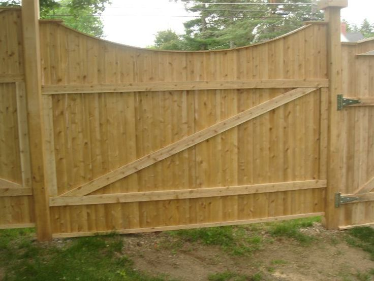 this cedar fence was made from our 1x4 fence slats along with our 2x4 rails and
