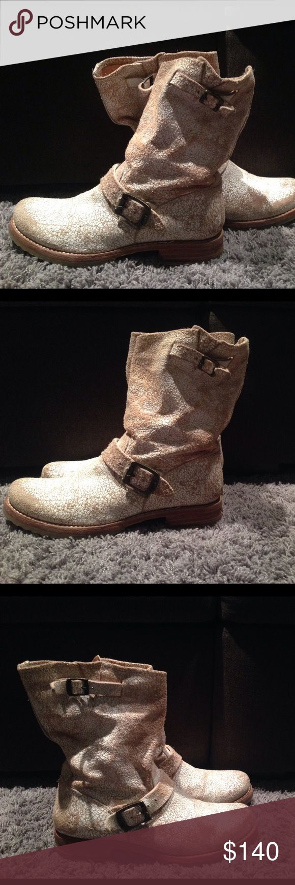 Frye Veronica short Frye Veronica Short size 8 the boots have a crackle white painted look, very cool looking!! Never got the chance to wear them!! NWOT!!! Frye Shoes Combat & Moto Boots