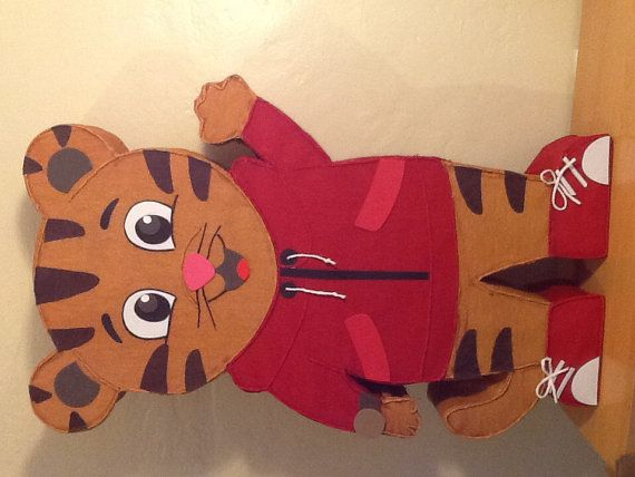 Piñata el tigre Daniel. Inspirado en Daniel tiger por aldimyshop
