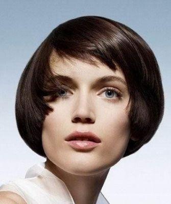 Стрижка паж на короткие и средние волосы в 2017 году: на фото и видео паж с челкой