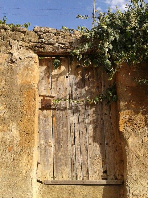 Ancient door. Lleida (Catalonia)