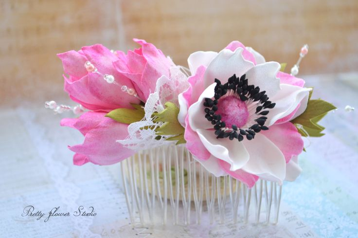 Anemone and Freesia French Comb, Hair Accessory, Wedding Frech Comb, Gift, Pretty Flowers - pinned by pin4etsy.com