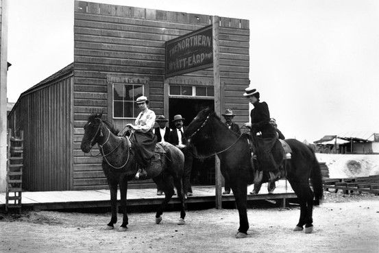 Wyatt Earp's Northern Saloon, Tonopah, Nevada, circa 1902. The man in the center is believed to be Wyatt Earp, and the woman on the left is often identified as Josephine Earp.