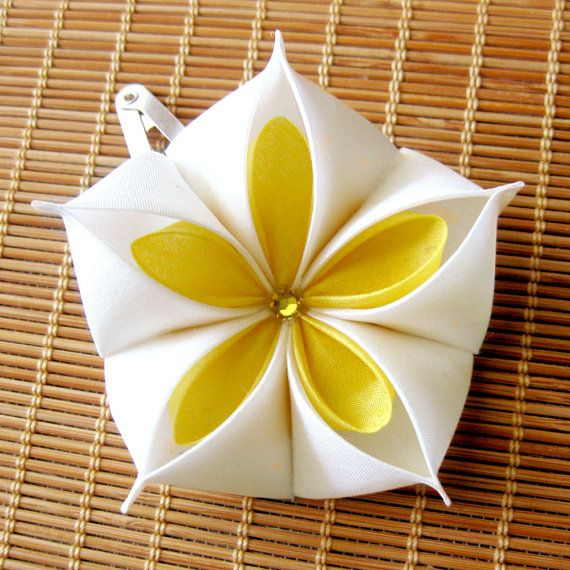 My Sunshine Kanzashi Hair Clip by RandomCatGirl on Etsy
