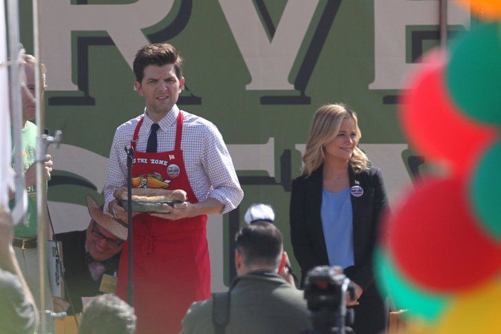 Pin for Later: Parks and Recreation's Ben and Leslie Are Back! . . . in the Future  Can't wait until Parks and Recreation returns!