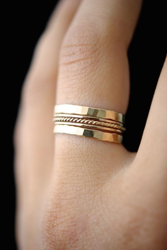 Verbazingwekkend Gouden twist stapelen ring set van 5, gouden stack ring, mager BM-41