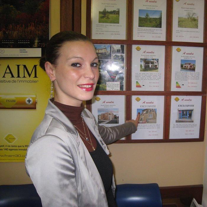 Bonjour je suis agent immobilier et je viens de créer mon site je vous invite àle visiter et à le partagern'hésitezpas à me laisser voscommentaire même s'il sont négatif ce n'est pas grave merci bonne visite !!!cordialementDelalonde 06 65 04 07 46