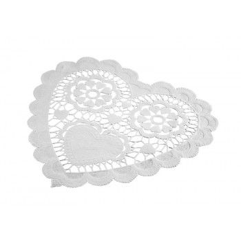 White Heart Shaped Pretty Doilies | The Party Cupboard