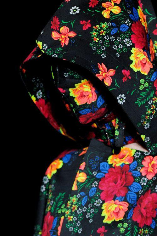Comme des garconsFloral Patterns, Floral Prints, Colors, Paris Fashion Weeks, As, Flower Children, Fashion Trends, The Boy, Camouflage