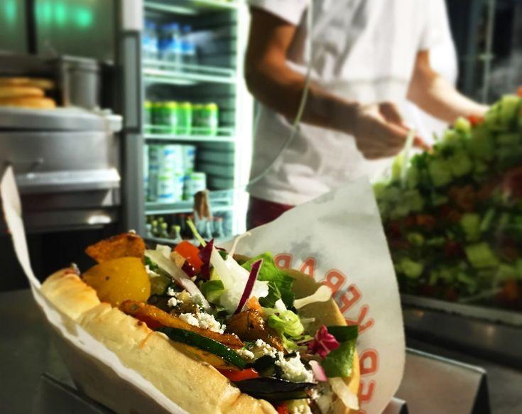 Best cheap restaurants berlin: Mustafas gemuesekebab vegetable kebab berlinBest cheap restaurants berlin: Mustafas gemuesekebab vegetable kebab berlin