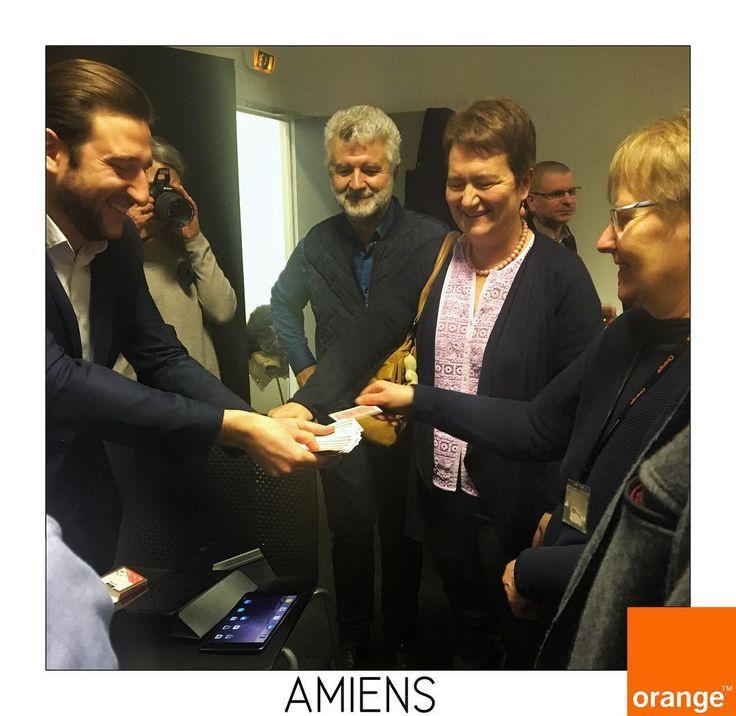 photo souvenir dune super prestation pour orange amiens tomlemagicien - Dj Mariage Amiens