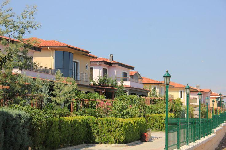 """alanya2istanbul: """" موقع المشروع : يالوفا: - يبعد عن مركز يالوفا مسافة 3-4 كم, ويبعد عن المنطقة الحرارية مسافة 5-6 كم.- - الموقع قريب من مناطق الرحلات و المشي عبر … Source: http://alanyaistanbul.com شقق للبيع في اسطنبول - 2016 - عقارات اسطنبول """""""