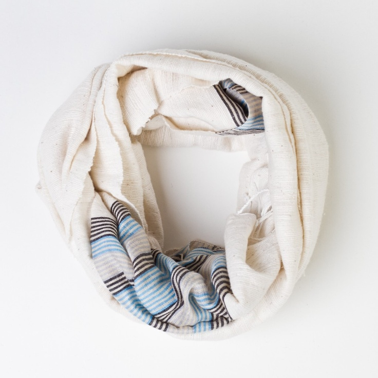 .: Favorite Places, Style, Fashionable Scarf, Infinity Scarf, Things, Accessories, Craft Ideas, Products