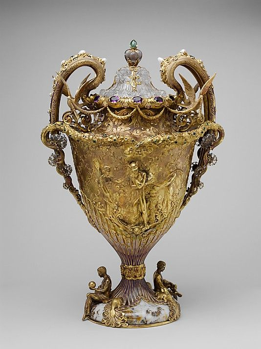 The Adams Vase by Tiffany & Co., ca. 1893. Created for the American Cotton Oil Co. Gift of Edward D. Adams, 1904