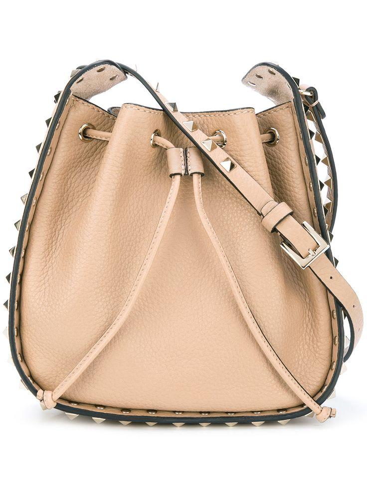 Valentino Valentino Garavani Rockstud bucket shoulder bag