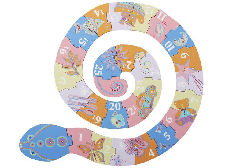 Paso 5 : Pinte un número en cada pieza y decórela con colores que resulten agradables y vistosos para los niños, creando su propio diseño, e incluya dibujitos para que disfruten aprendiendo.