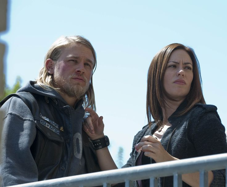 Badboys Deluxe Charlie Hunnam: Sons Of Anarchy - Season 2 Still