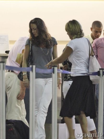 Kate Middleton and her family get ready to board a flight at Grantley Adams International Airport back to the UK after spending Christmas in the Caribbean Island of Barbados on December 27th, 2007.