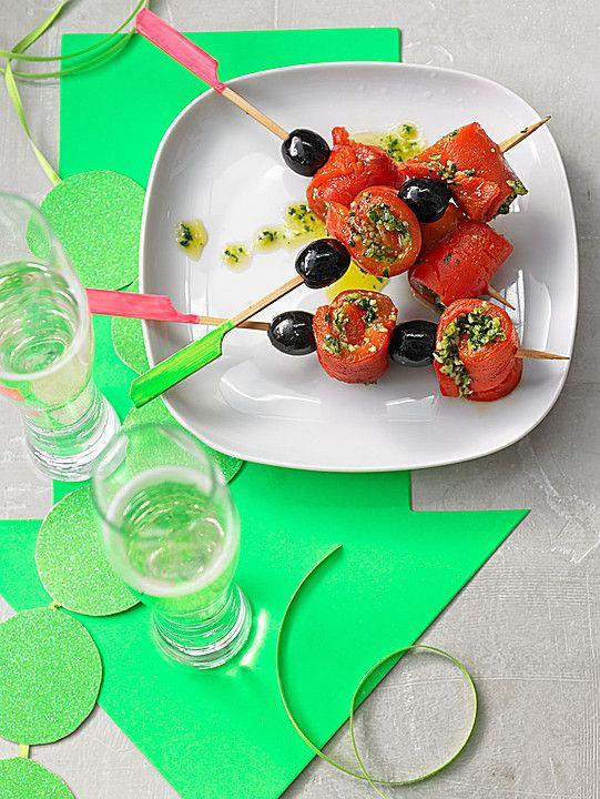 Party Snack: Paprika - Oliven - Spieße