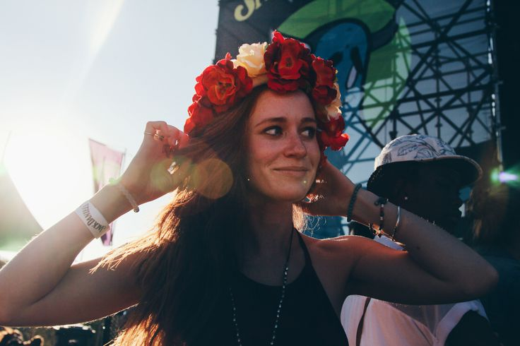 Beautiful stranger and her DIY flower crown http://shesaidsa.com/2014/06/02/st-lucia-is-the-best/