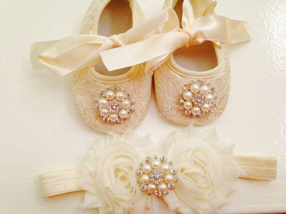 Baby ivory lace shoes and headband set---Newborn rhinestone cream lace shoes--baby ivory/ cream headband
