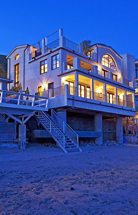 1000 Ideas About Beautiful Beach Houses On Pinterest