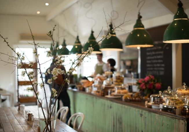Como House's New Classic: The Stables hmm llibrary/coffee shop in the bed and breakfast..cute!