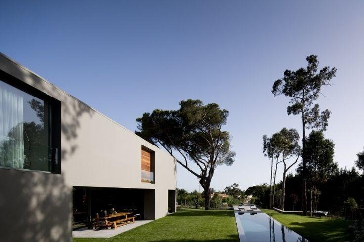 House in Qunita Patino by FVArquitectos http://www.homeadore.com/2012/10/09/fvarquitectos/