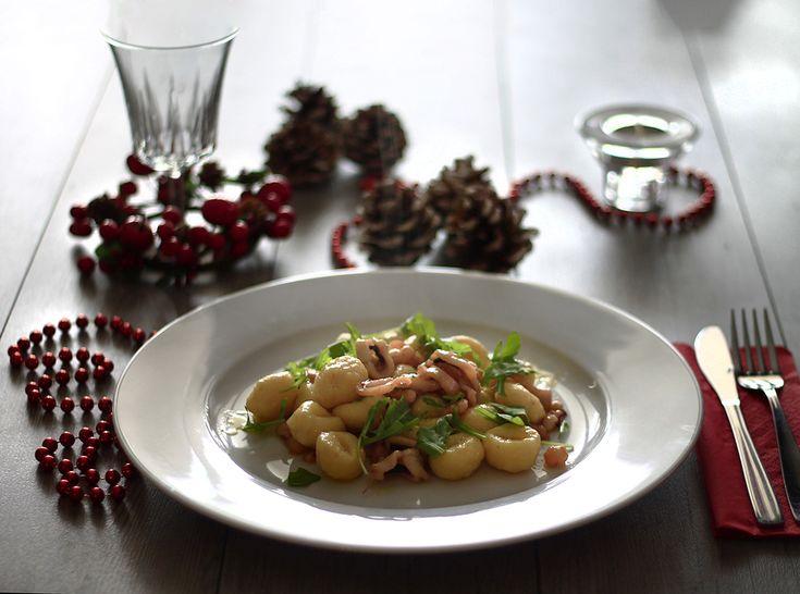 Gnocchi con moscardini e gamberetti, un piatto veloce,alla portata di tutti e allo stesso tempo raffinato, degno dei migliori gourmet. #Natale
