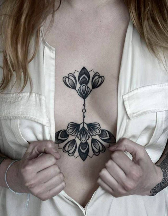 1000 images about tatouage femme poitrine on pinterest sexy intricate tattoo and san diego - Tatouage poitrine femme ...