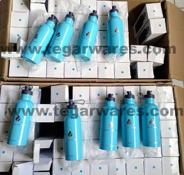 Fresco Stainless Bottle 750ml, 100 pieces ordered by PT. Adonai Pialang Asuransi, Jakarta. December 21, 2017