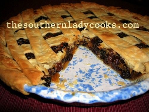This old-fashioned pie will become a favorite.  Lots of plump, juicy raisins make this a tasty dessert served with ice cream. 3 cups raisins1 cup water1/2 cup sugar2 tablespoons all-purpose ...