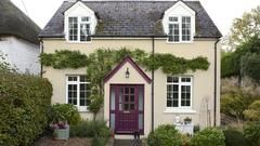 Look better for longer with Dulux Weathershield!