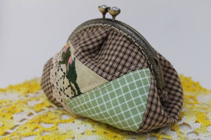 Coin Purse Fresh from the Farm - Checkered Floral Patchwork