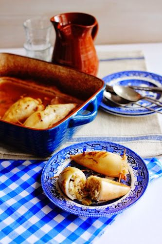 Ma's kalamari yemista: calamari stuffed with leeks, currants and pine nuts (καλαμαράκια γεμιστά)