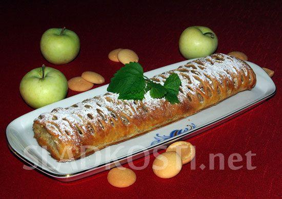 Jablečný závin s bílou čokoládou