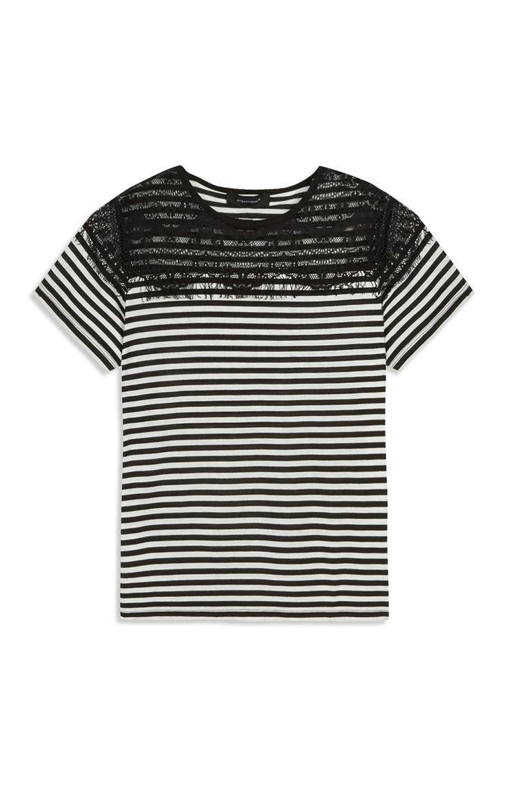 Zwart-wit gestreept T-shirt met kant