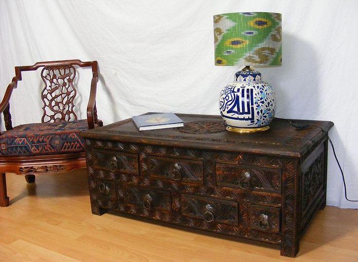 antiklook orient Massiv Couchtisch Wohnzimmer Tisch Truhe Nuristan