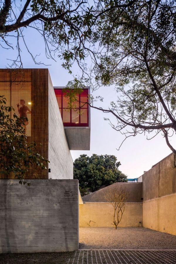 Maison solide en béton à Sao Paolo - architecture moderne de style ...