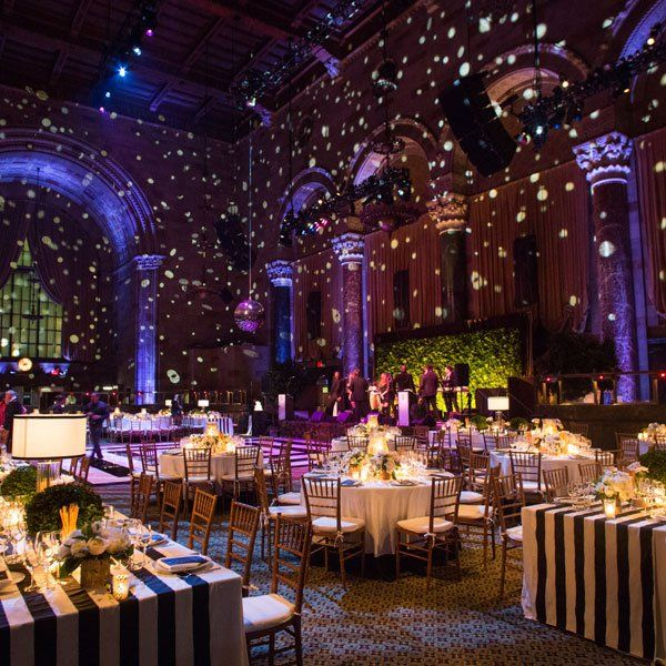 Phenomenal setup at this gorg #uplighting #wedding #reception! #diy #diywedding #weddingideas #weddinginspiration #ideas #inspiration #rentmywedding #celebration #weddingreception #party #weddingplanner #event #planning #dreamwedding by @bridalguide