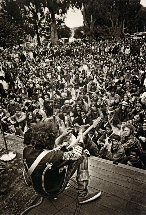 Jimi Hendrix, Panhandle Festival, San Francisco (1967)