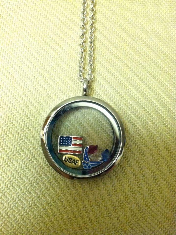 I love this USAF necklace, make one for any branch! #Milso #USAF #Necklace #DIY