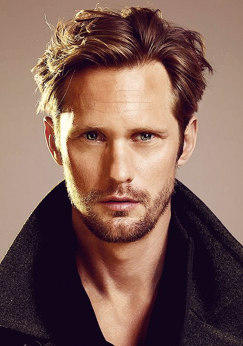 I'm generally not big on blondes but Alexander Skarsgard is an exception