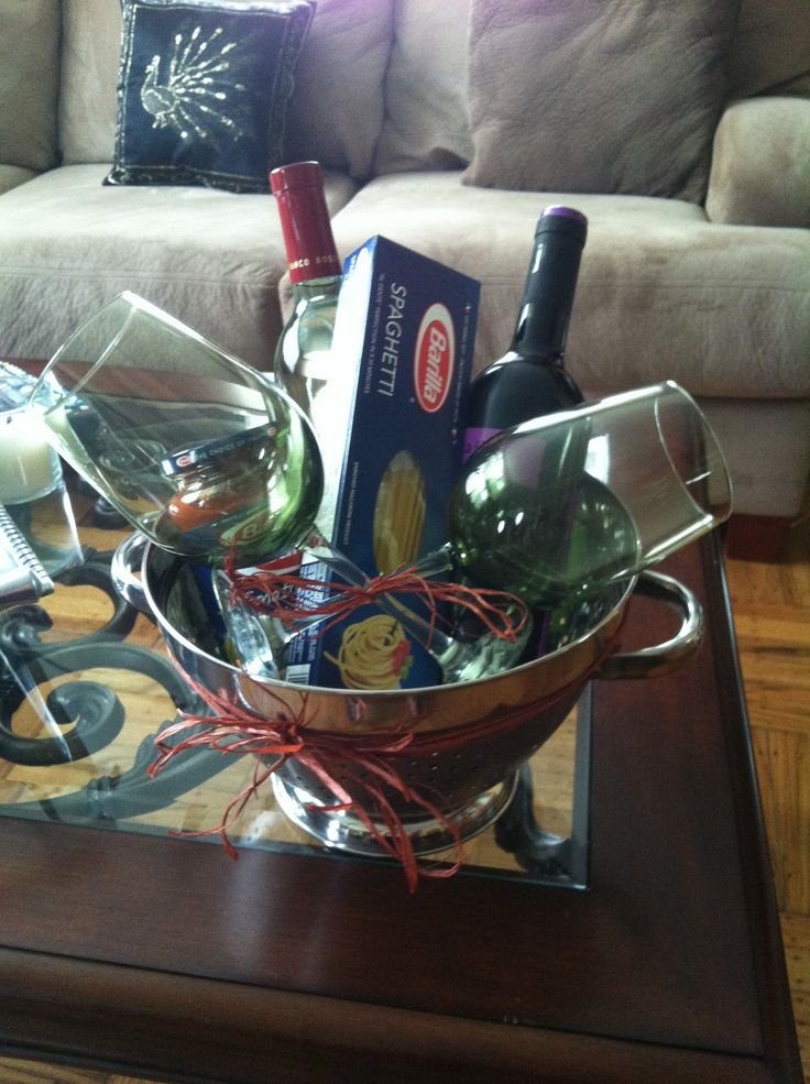 House warming gift for a couple pasta night with wine for Best wine for housewarming gift